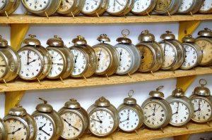 alarm-clock-1647866_640